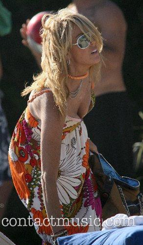 Dina Lohan * LOHAN MARKS 21ST WITH LOW-KEY...