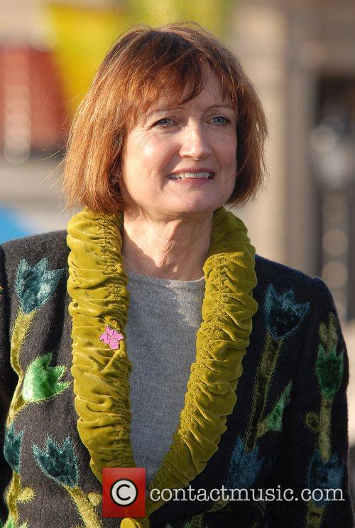 Tessa Jowell Get Set London - With four...