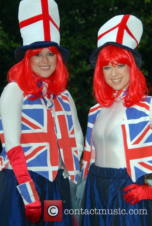 Atmosphere  London 2012 Summer Roadshow  in...