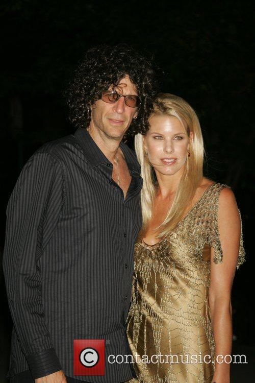 Howard Stern and Beth Ostrosky 7