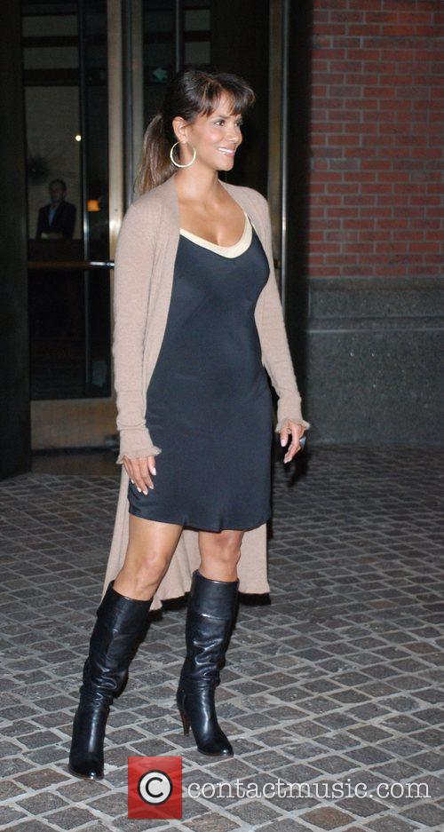 Halle Berry, Tribeca Grand Hotel