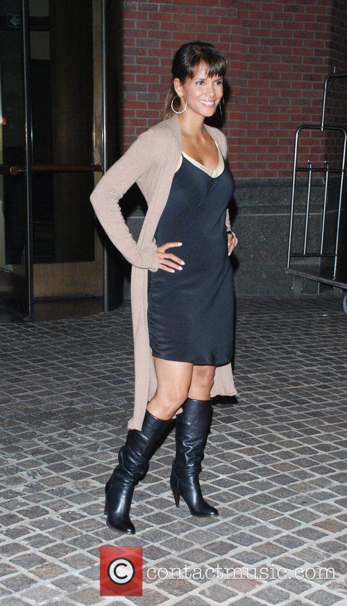 Halle Berry 18