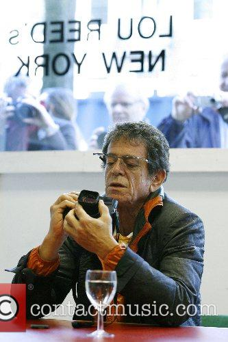 Lou Reed, Rock Singer and Photographer Lou Reed Open His Photo Exhibition Entitled ' Lou Reed's New York ' 5