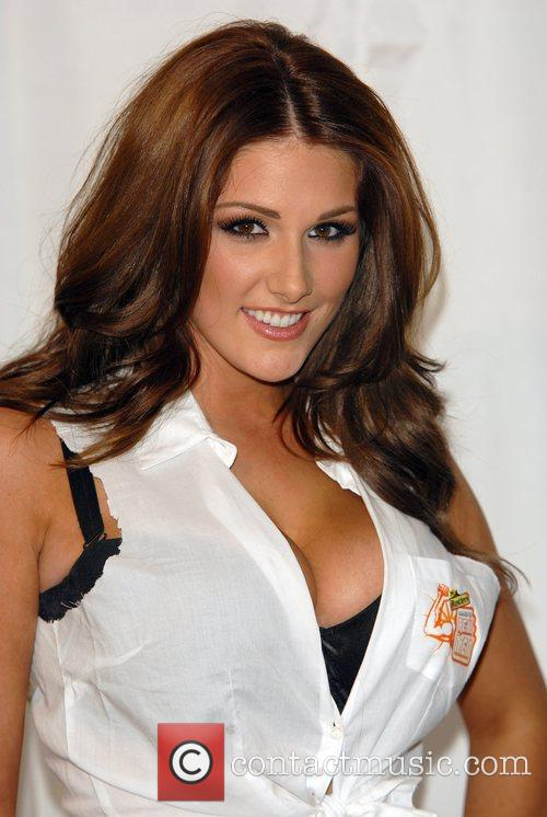 Lucy Pinder and The Music 6