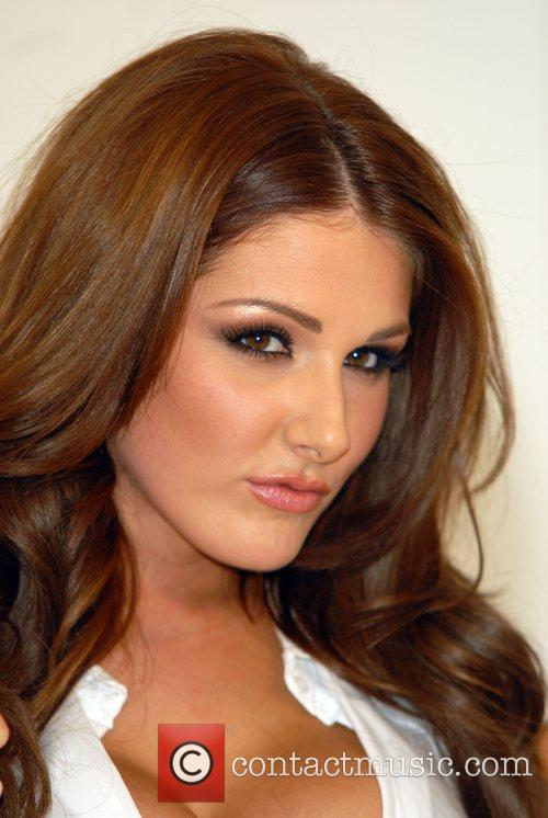 Lucy Pinder and The Music 16