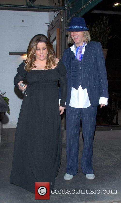 Heavily pregnant, Lisa Marie Presley leaves Madeos restaurant...