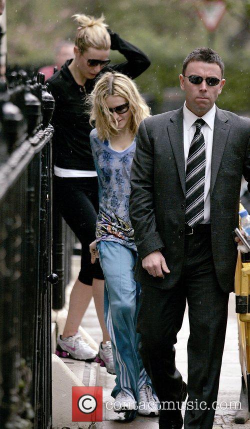 Madonna and Gwyneth Paltrow 10