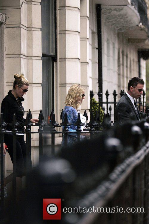 Madonna and Gwyneth Paltrow 9