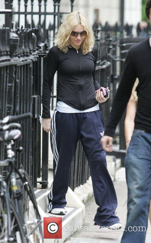 Madonna leaving her gym