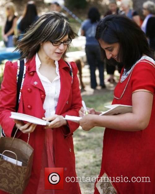 Mallika Chopra and Lisa Loeb Celebrity moms and...
