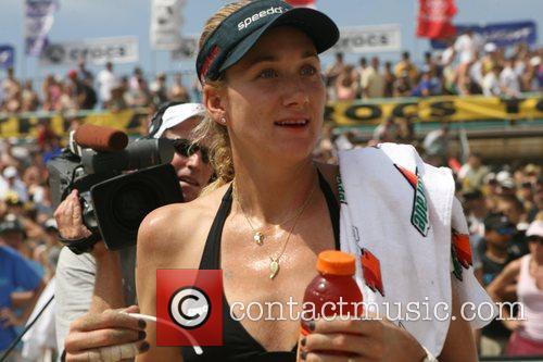 Kerri Walsh 2007 Manhattan Beach Volleyball Tournament Long...