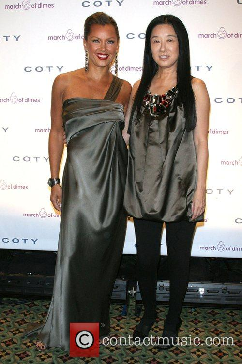 Vanessa Williams and Vera Wang 10