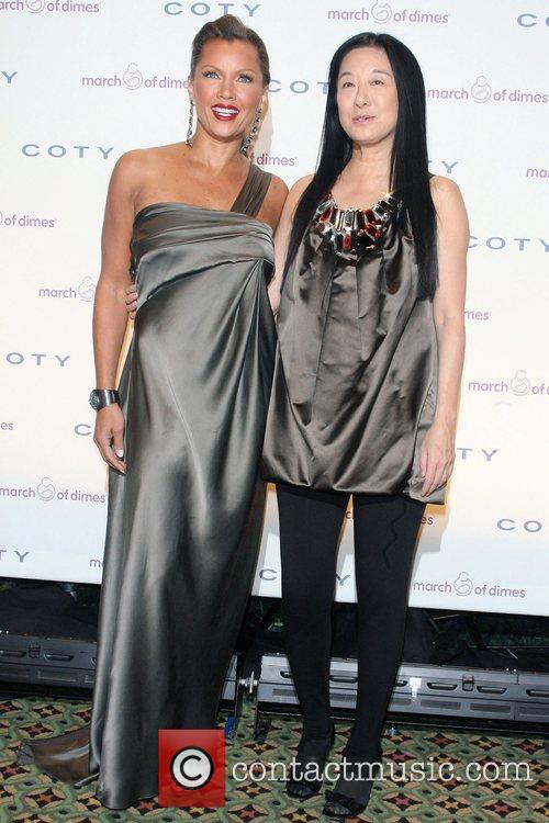 Vanessa Williams and Vera Wang 11