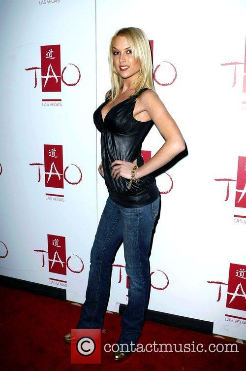Tara Conner 6