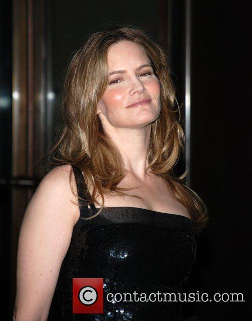 Jennifer Jason Leigh 2