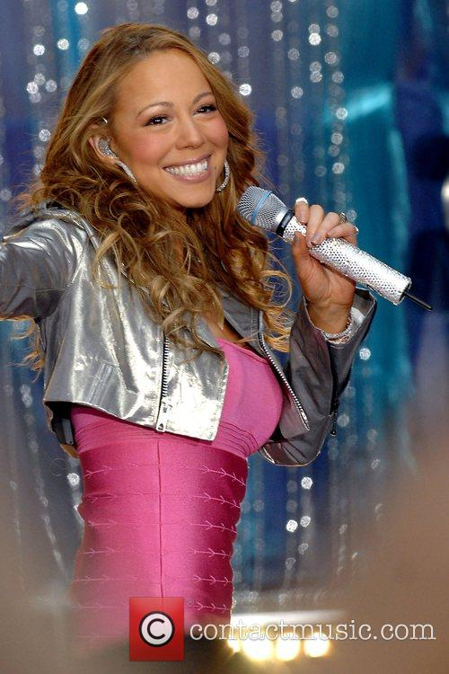 Mariah Carey, ABC, Times Square, Good Morning America
