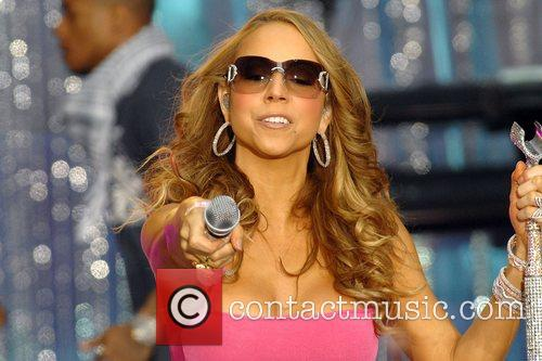 Mariah Carey 64