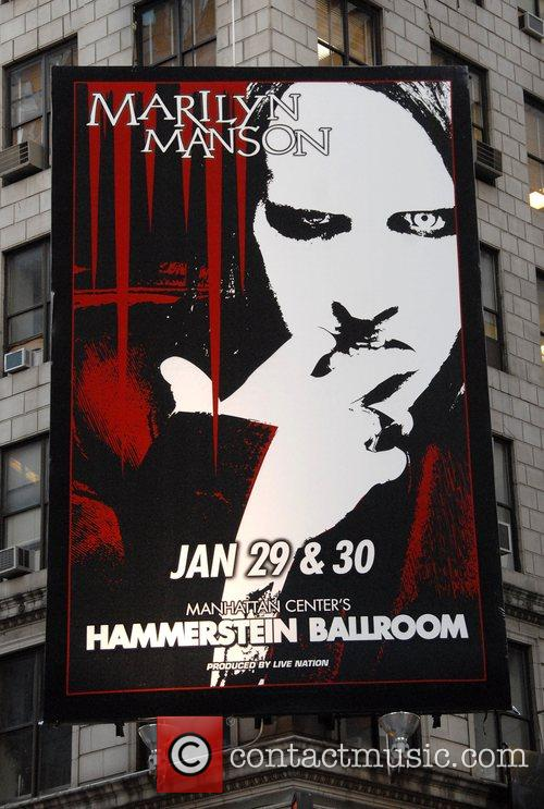 Marilyn Manson, Apple and Billboard 1