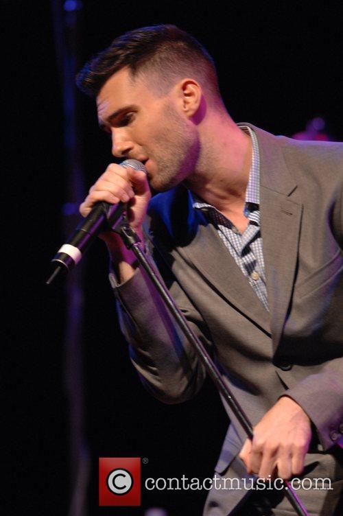 Adam Levine 7