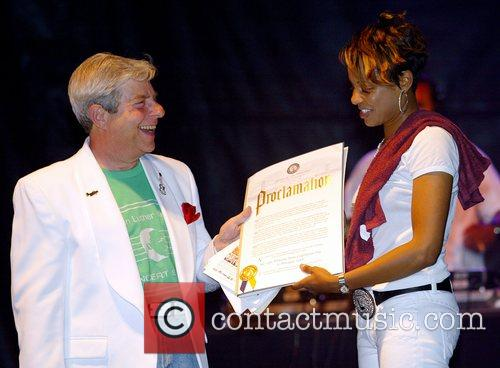 MC Lyte  receives a proclamation from Brooklyn's...