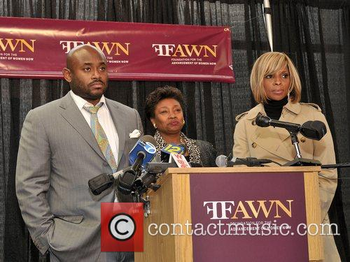 Music executive Steve Stoute and Mary J. Blige...