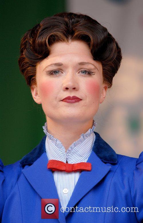 Mary Poppins 8