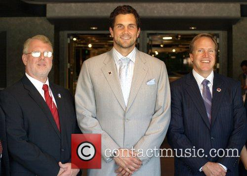 Matt Leinart and Members Of American Red Cross Teams Up With The American Red Cross To Promote Cpr/aed Awareness Held At Pacific Design Center 8