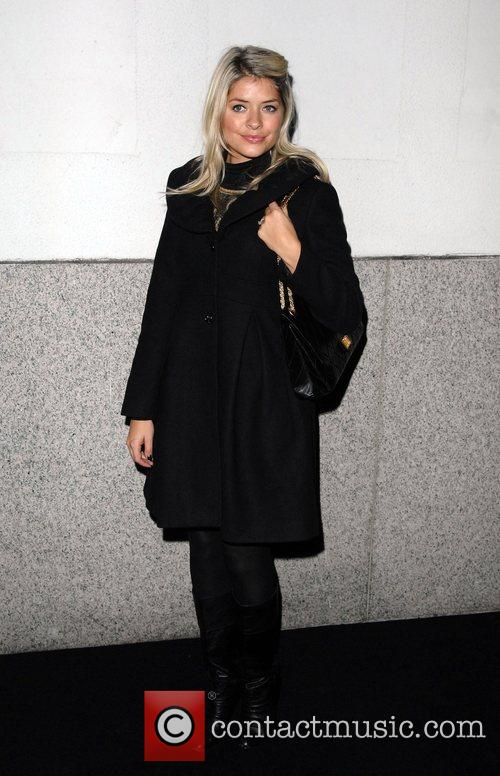 Holly Willoughby Matthew Williamson celebrates 10 years in...