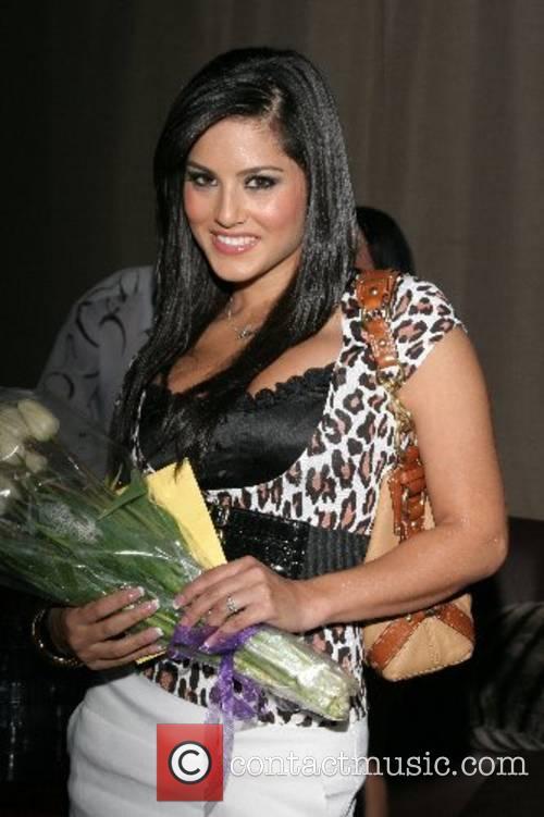 Sunny Leone 2