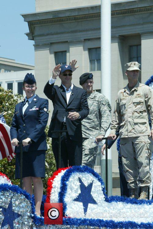 Gary Sinise Annual Memorial Day Parade on Constitution...