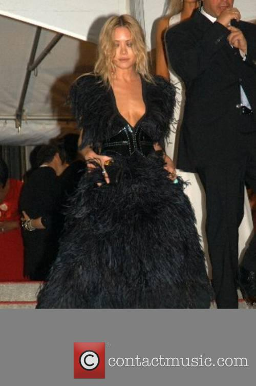 Ashley Olsen 'Poiret: King of Fashion' Costume Institute...