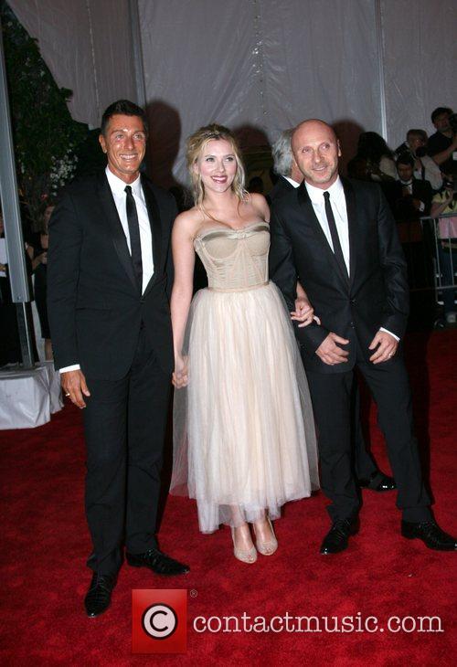 Designer Stefano Gabbana and Scarlett Johansson 7