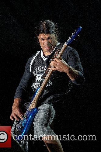 Robert Trujillo 5