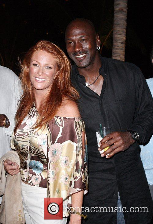 angie everhart 1725016