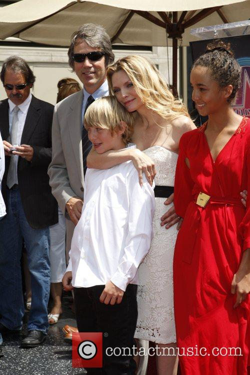 michelle pfeiffer children