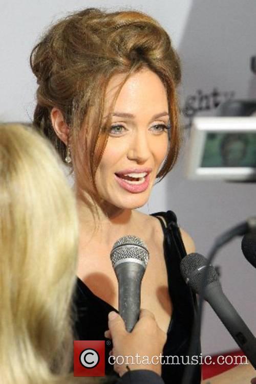 Angelina Jolie 37