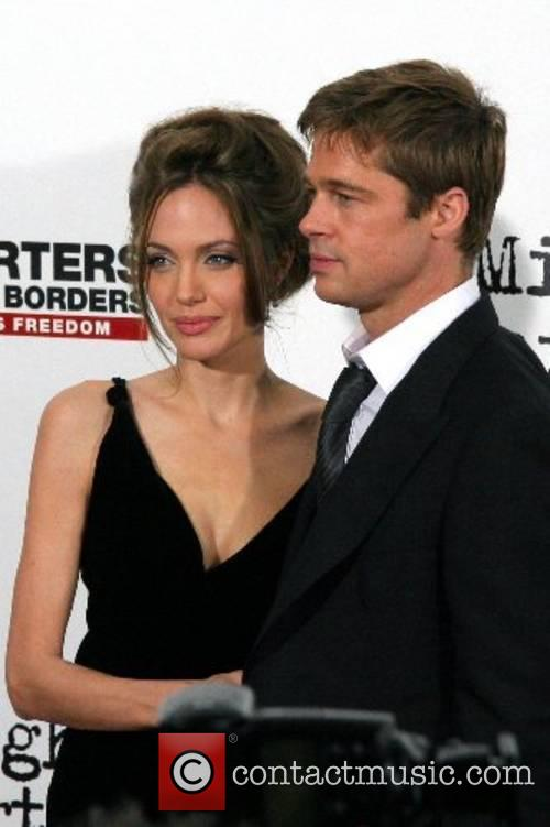 Angelina Jolie 28