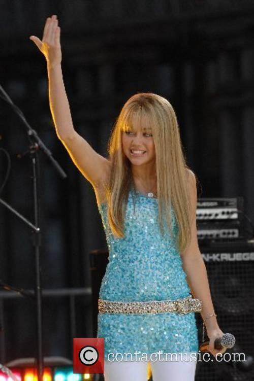 Miley Cyrus 15