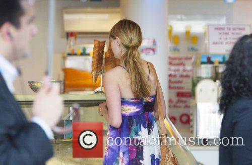 Mischa Barton buys an ice cream cone during...