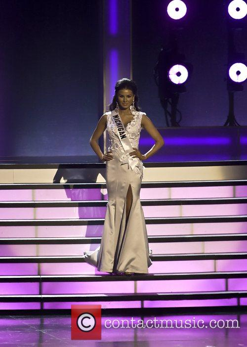 Miss Michigan - Elisabeth Crawford 9