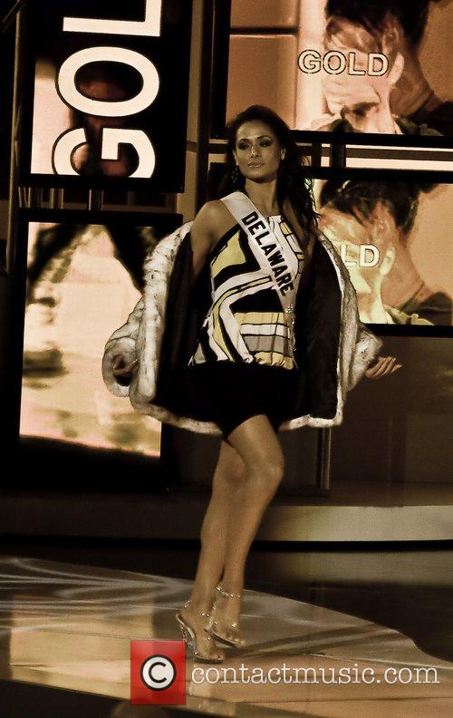 Miss Delaware - Vincenza Carrieri-Russo Miss USA 2008...
