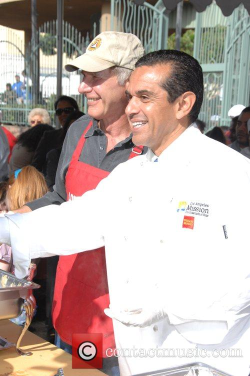 Harrison Ford and Mayor Antonio Villaraigosa 1