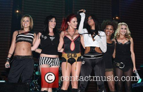 The Pussycat Dolls, Jordan, Michael Jordan and Pussycat Dolls 3