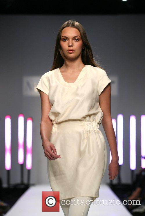 Model London Fashion Week Spring/Summer 2008 - Modernist...