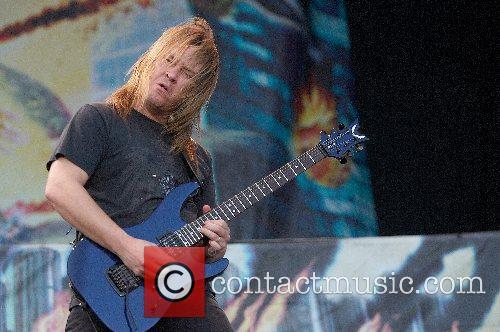 Megadeth 16