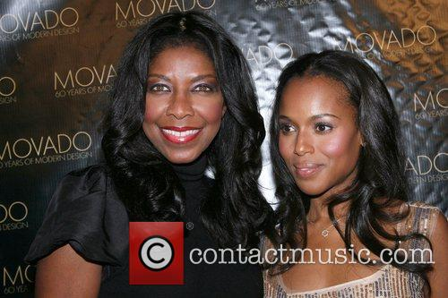 Natalie Cole and Kerry Washington 4