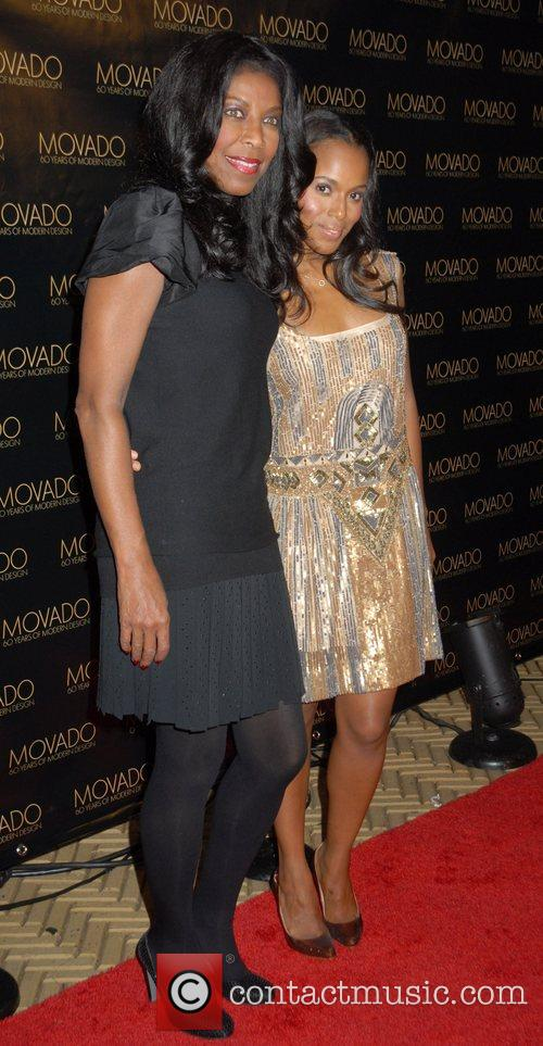 Natalie Cole and Kerry Washington 10