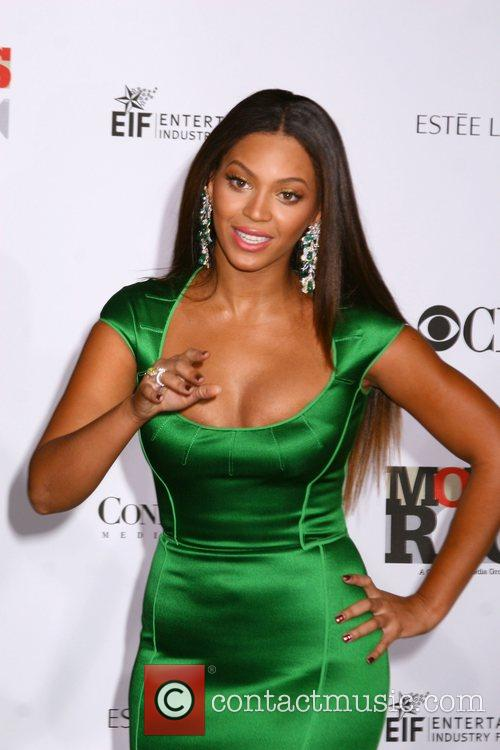 Beyonce Knowles 'Movies Rock 2007' - arrivals at...