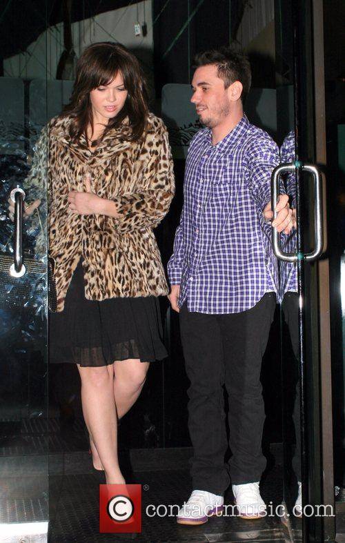 Mandy Moore and DJ AM. Leaves Mr Chow...