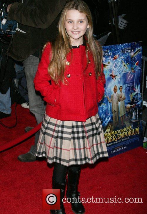 Abigail Breslin and Fox 3